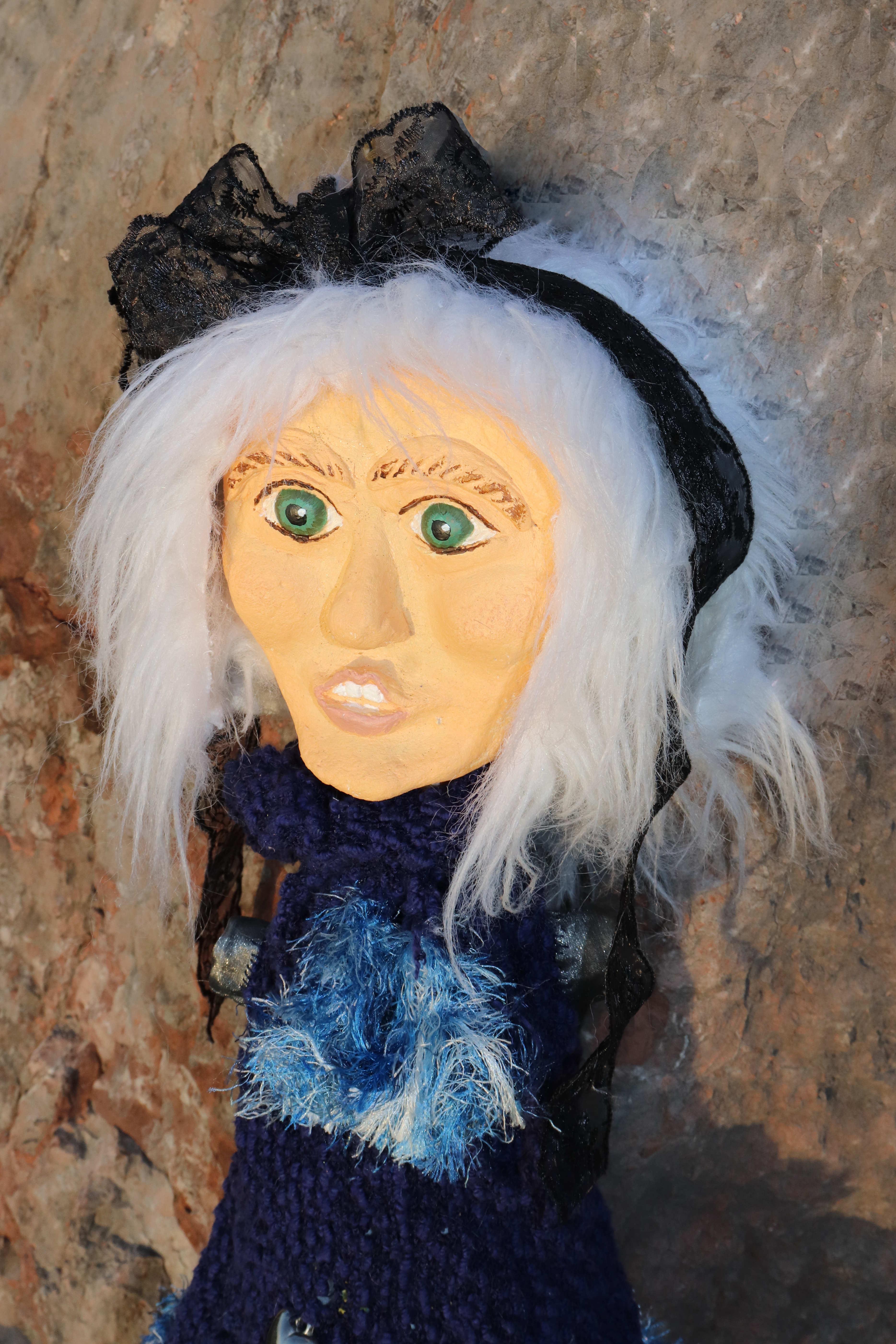 Puppe - namens Isabella - Dankbar-traurig-zuversichtlich